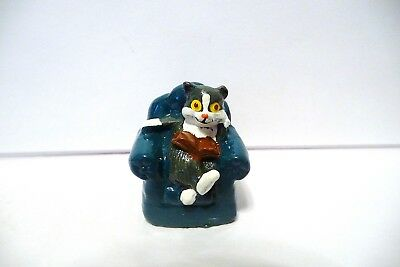 Thimble Handpainted Pewter Enesco '90 Gray & Wh  Kitten/cat Reading A Book On C