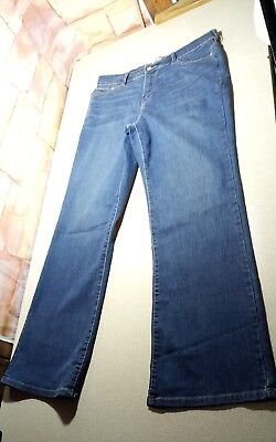 Women's Levi's 512 Perfectly Slimming Bootcut Stretch Denim Blue Jeans Size 16