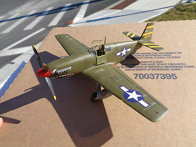 1/48 scale  ww2 Mustang P-51B, fighter, painted built model plane 1944