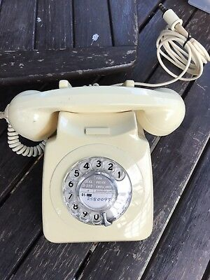 Old VINTAGE Rotary Dial GPO Telephone no. 746 — Ivory Cream