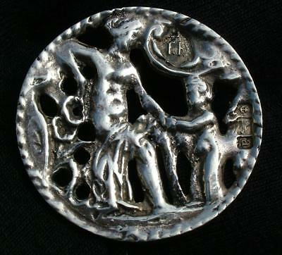 LARGE 29mm ANTIQUE 1900 STERLING SILVER FIGURAL BUTTON BY THOMAS HAYES - LOT 60