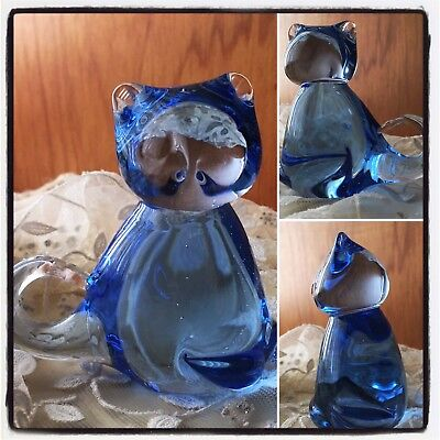 Vintage Blue Glass Kitty 🐱 Cat 🐈 Paperweight