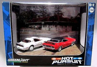 Diorama Hot Pursuit Catoosa Sheriff 1978 Pontiac Trans Am 1971 Dodge Challenger