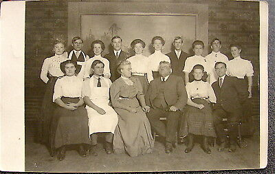 Antique~~Real Photo Post Card---Family Photo, Christmas--1910-----free ship