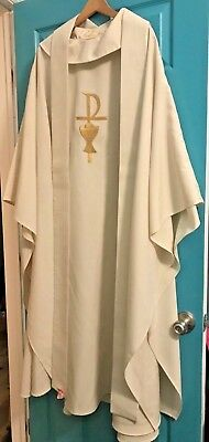 Beatiful Catholic Priests Ivory Chasuble & Stole W/ Gold Chi Rho Chalice Chagall