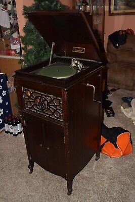 Vintage Antique MANOPHONE Victrola Mahogany Phonograph Working With Orig Crank