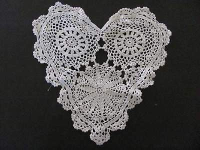 Primitive Country Crochet White Heart doily #1945