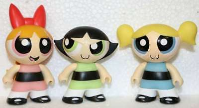 SET OF 3 POWERPUFF GIRLS MINI FIGURES-BRAND NEW ASSEMBLED W//ACCESS AND STANDS
