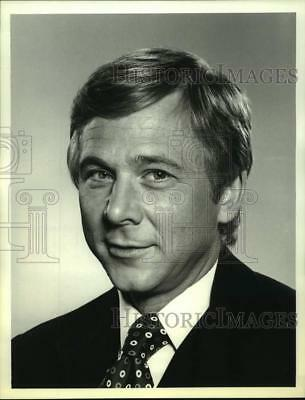 1983 Press Photo Actor William Christopher stars as Father Mulcahy, on M*A*S*H