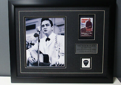 JOHNNY CASH Authentic TOUR PICK & Otto Backstage Pass vintage Frame un signed