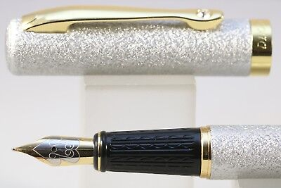 Dikawen K9 Frosted Silver Medium Fountain Pen, Gold Trim & Cut Glass