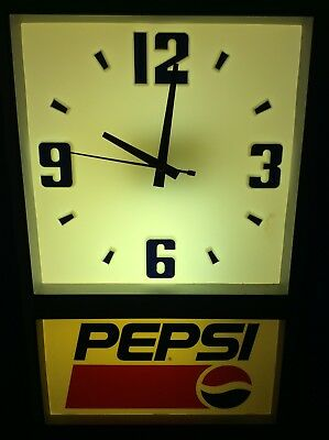 Vintage  Pepsi Cola Soda Pop Advertising Wall Light Up Clock Sign RARE