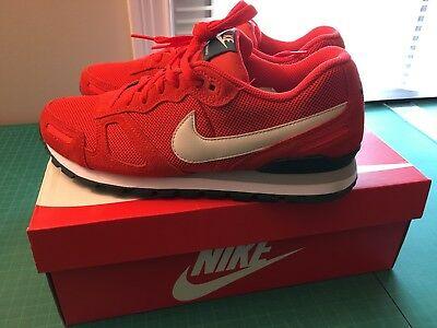 reputable site 0738f bec59 Brand New Nike Air Waffle Trainer US Size 10 Red Lt Crmsn Lght Bn Air Max
