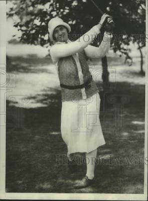 1934 Press Photo Mrs. O.S. Hill Rated as Favorite in Golf Because of Scores