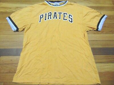 VINTAGE PITTSBURGH PIRATES T-Shirt Shirt Adult S Small Throwback ... ab7a59f21
