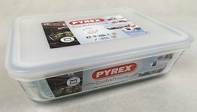 Pyrex 1.5L Rectangular Dish With Plastic Lid Oven And Microwave Safe *BRAND NEW*