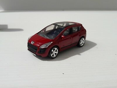 Norev 3 inches. Peugeot 3008 rouge Neuf en boite.