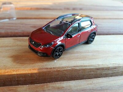 Norev 3 inches. Peugeot 2008 rouge 2014. Neuf en boite.