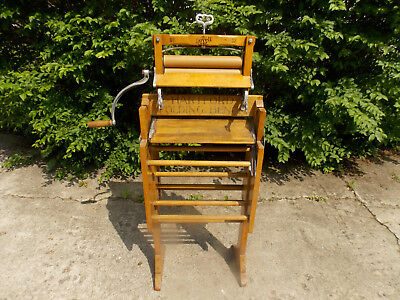 Antique Lovell Clothes Wringer No. 32 W/ Lovell Wringer Stand (EX. COND)