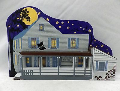 Shelia's Collectibles - AP - The Pirates' House - Ghost Houses - # GH002