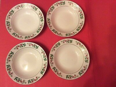 4 Vintage Gibson China Cereal Soup Salad Bowls 8 1/4 Hollyberries Floral