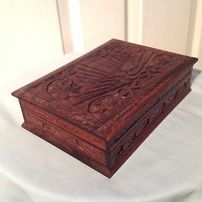 Anglo-Indian Exotic Bird Vintage Style Carved Rose Wood Trinket Box