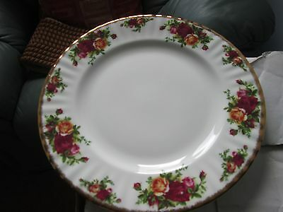 """1 x Royal Albert Old Country Rose 10.5 """" plate Good Used Condition"""