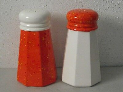 "Vtg pottery ceramic large 7"" orange speckle and white salt & pepper shakers ~Z"