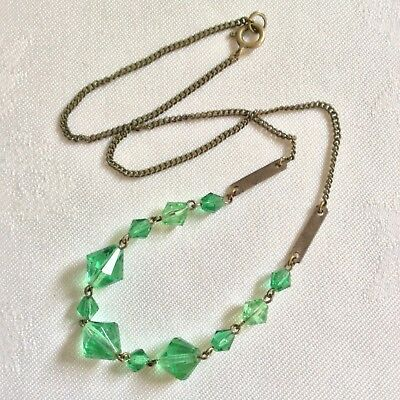 Vintage Art Deco 1930's Czech Emerald Green Faceted Glass Necklace