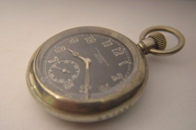 WW1 British military Broadarrow pocketwatch!Great condition, strong and accurate