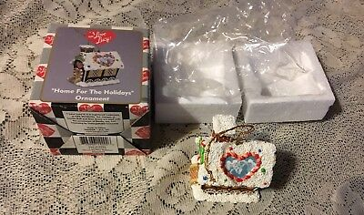 "Nib I Love Lucy ""home For The Holidays"" House  Ornament"