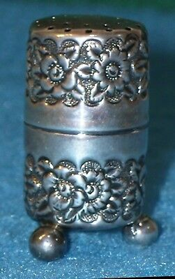 1899 BIRMINGHAM Sterling SEWING THREAD HOLDER Footed * Repousse AJH Needle Holes