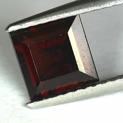 1.32 cts.6.3 x 3.7 mm. UNHEATED NATURAL RED ALMANDINE GARNET SQUARE AFRICA