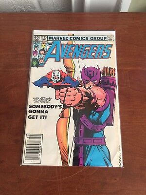 Avengers #223 ~ Marvel Comics ~ Hawkeye and Ant Man Cover