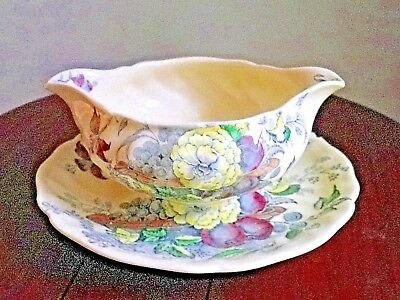 Saucière Royal Doulton The Kirkwood Made in England N°8. Soucoupe solidaire.