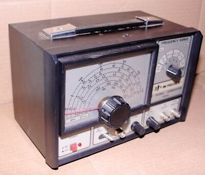 BK Precision 2005A RF Signal Generator WIDE BAND 0-450MHZ WITH POWER CABLE WORKS