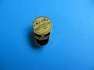 Happy St Patricks Day Guinness Pint Pin Badge Patrick/'s VGC Unused Enamel