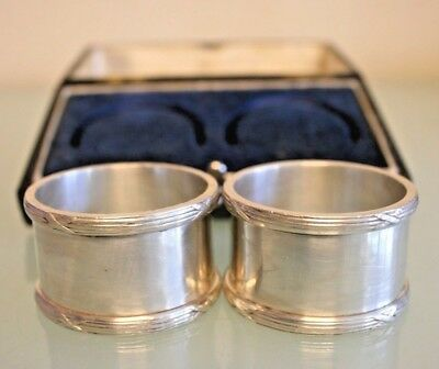Vintage Silver Plated Boxed Walker and Hall Napkin Rings