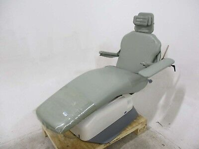 Signet Dental Furniture Chair for Operatory Patient Exams