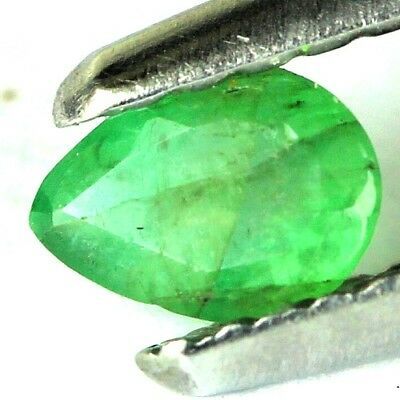 #0.20 cts. 4.9 x 3.5 mm. GENUINE GREEN EMERALD PEAR ZAMBIAN