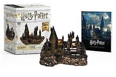 Harry Potter Hogwarts Castle and Sticker Book -  -  9780762464401