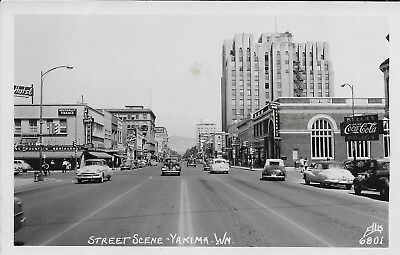 1950's Street Scene In Downtown Yakima,washington