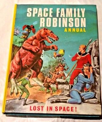 Lovely Clean 1967..SPACE FAMILY ROBINSON  Annual..(Lost in Space TV)dandy book