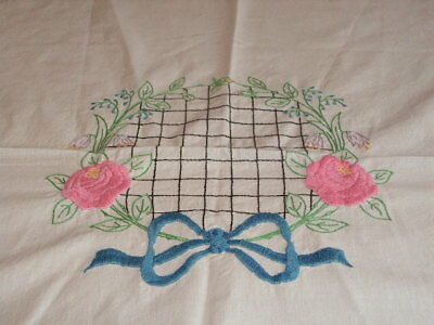 Vintage Embroidered Center White Cotton Tablecloth Handmade Vintage Tablecloth