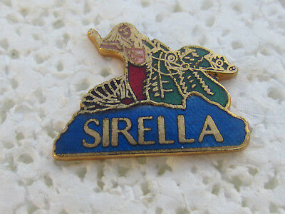 Pin's Sirella Spectacle Aquatique Muriel Hermine 1991