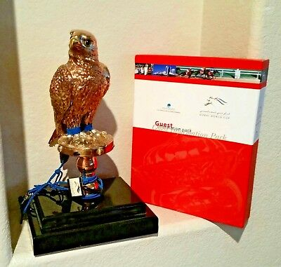 RARE Dubai 2000 World Cup Horse Racing Owner's Welcome Packet & Sculpture