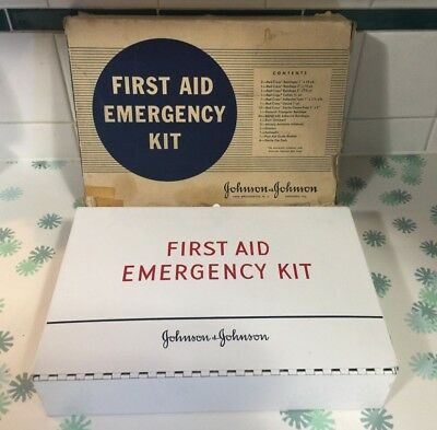 Vintage 1942 Johnson & Johnson Emergency First Aid Kit Full & Complete With Box