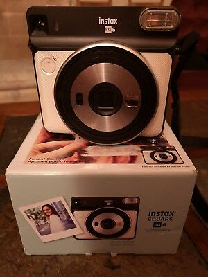 Fujifilm instax Square SQ6 Instant Film Camera (Pearl White) + Film (7 shots)