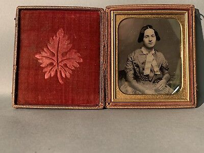 Vintage/antique Daguerreotype/ambrotype With Colored Cheeks In Original Case