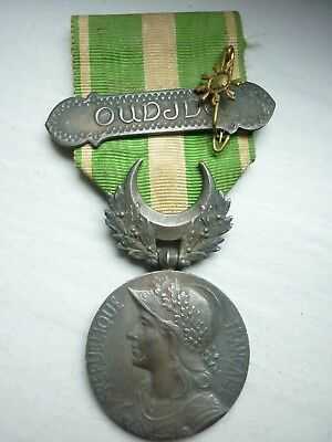 1.6) Médaille militaire campagne du MAROC barrette OUDJA french medal.
